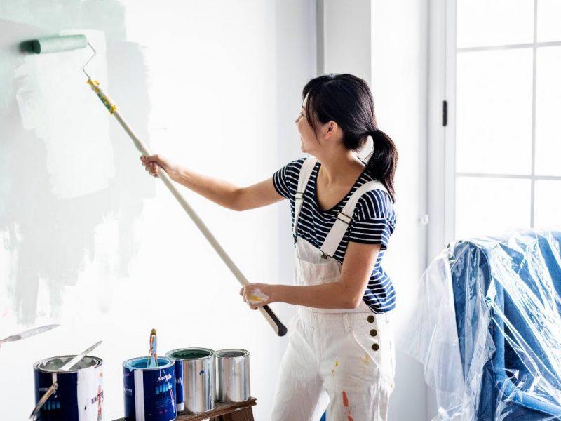Kvindelig maler